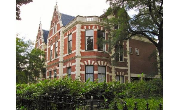 VERHUURD: Florapark 8-B, Haarlem